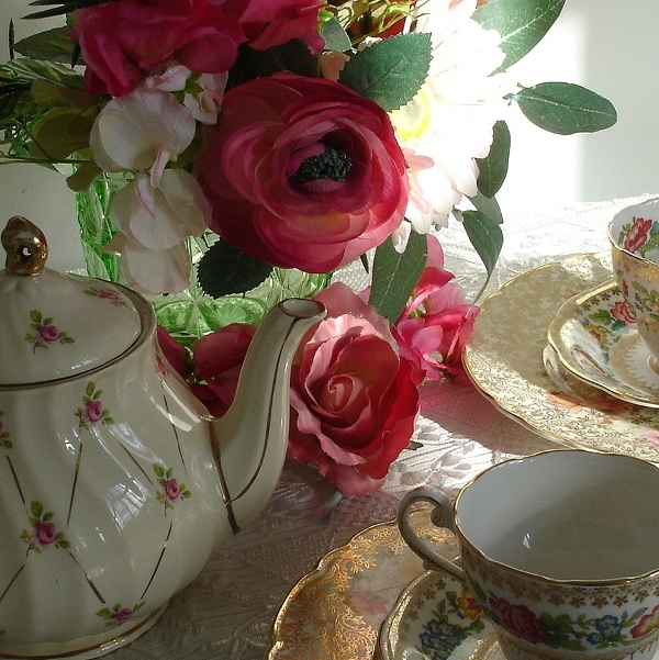 Cindy Adkins...Art, Books, Tea: A Proper English Tea