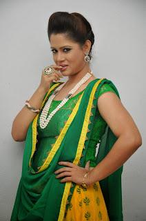 Anchor Shilpa Chakravarthy Latest Pictures at Taruvatha Katha Movie Trailer Launch  40.JPG