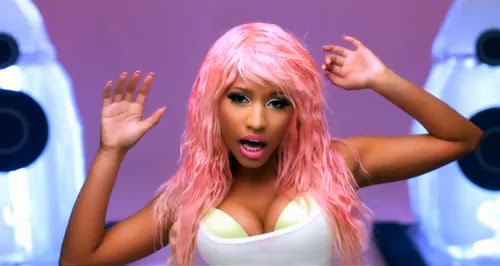 nicki minaj super bass video pictures. Video: Nicki Minaj - Super