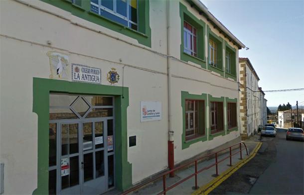 fachada colegio publico la antigua