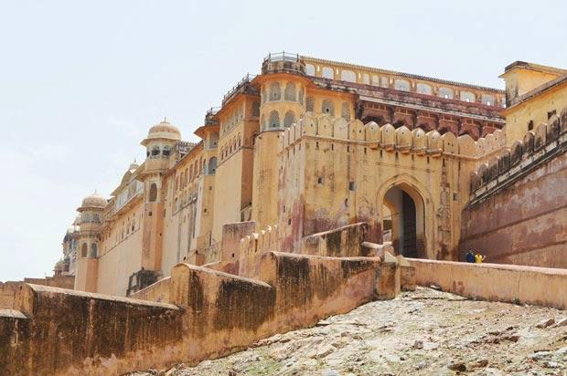 Entrance gate to Amer fort