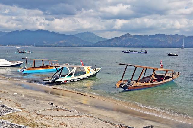 Lombok Gili Air | www.meheartseoul.blogspot.com
