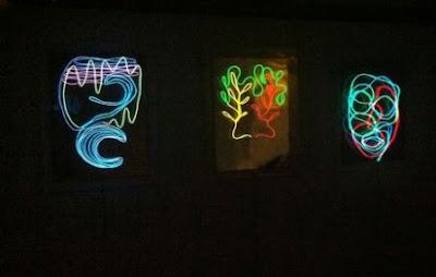 Cara menggambar Cahaya dengan EL Wire sebagai Lukisan Dinding