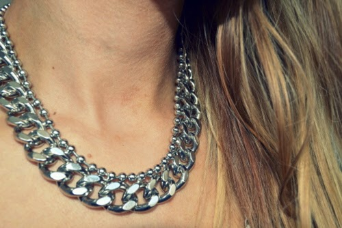 chunky-silver-statement-necklace