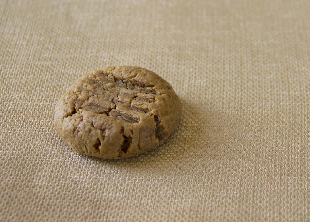 gluten free healthy peanut butter cookies