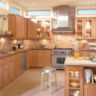 light brown traditional kitchen cabinets