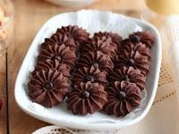 Resep Kue Semprit Mawar Coklat Enak Renyah