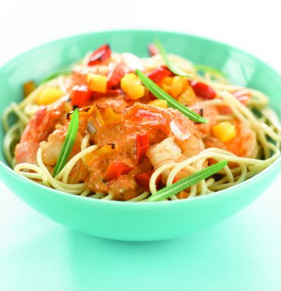 Receita de Esparguete com Gambas e Molho Cremoso de Pimentos