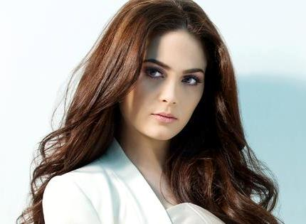 The return of timeless beauty, Kristine Hermosa