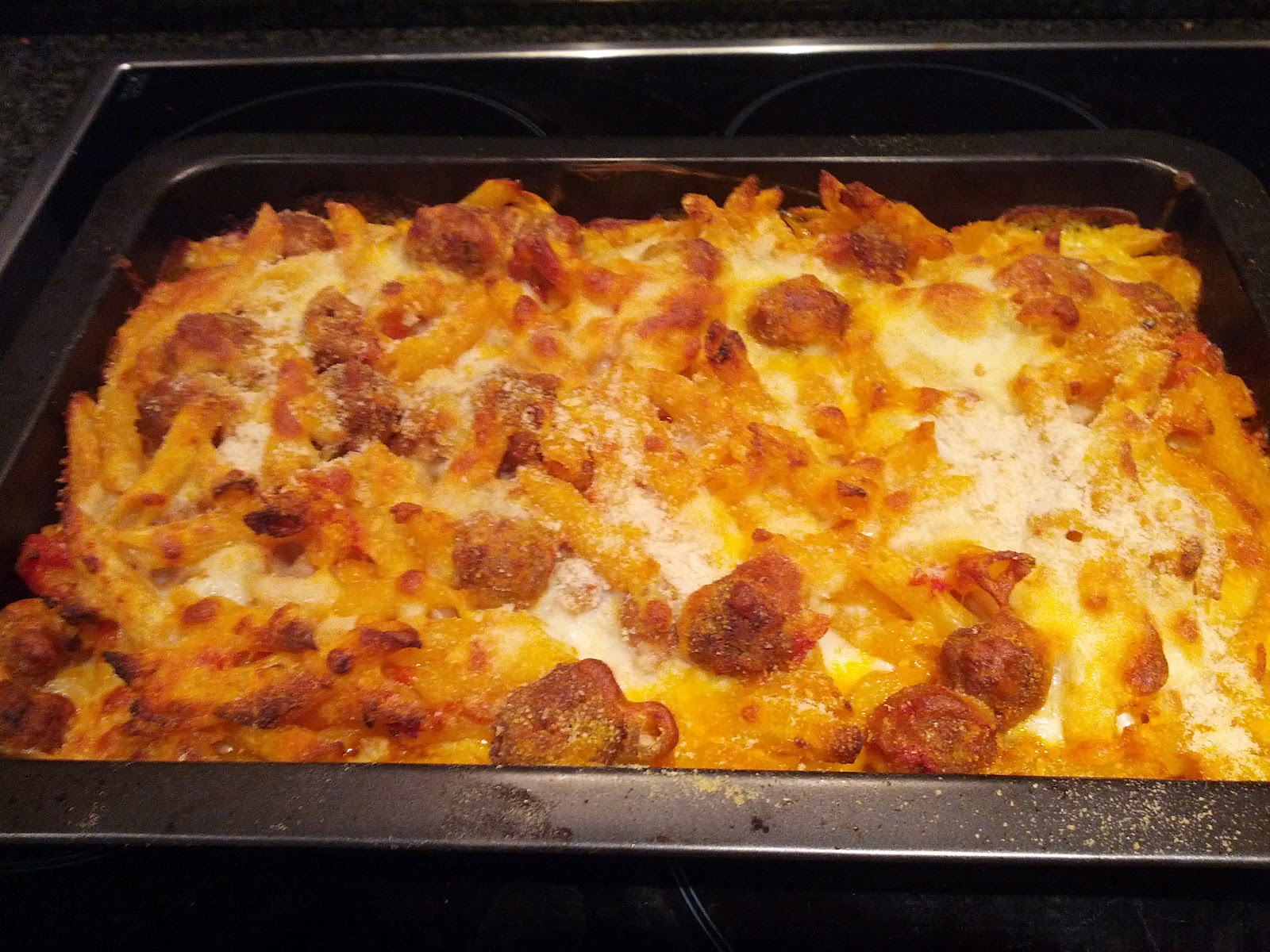 Simple Italian recipes: Baked meatball pasta (pasta al forno)