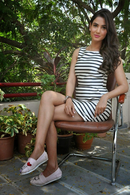 Sonal Chauhan Latest HD Photos At Pandaga Chesko Promotion