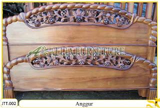 Tempat tidur ukiran Jepara kayu jati Anggur