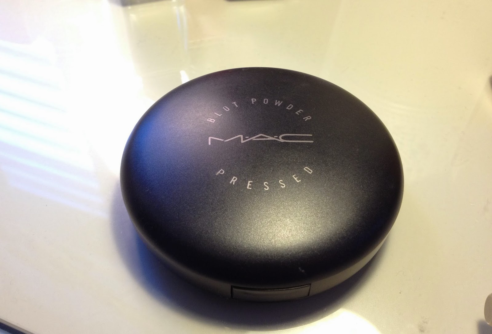 MAC Blot Powder compact