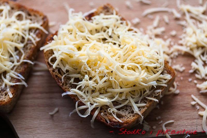 Grzanki z serem