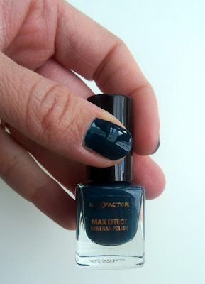 Max Factor Max Effect Mini Nail Polish in 37-Prussian Blue