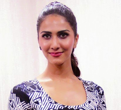 Vaani Kapoor HD Wallpapers