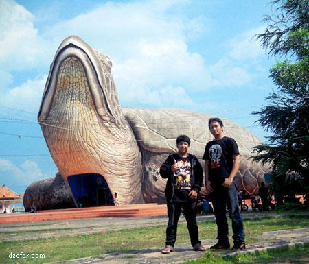 Wisata Air Pantai Kartini