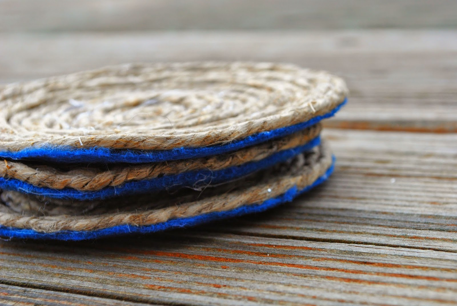 Sideview of Nautical Rope Coasters