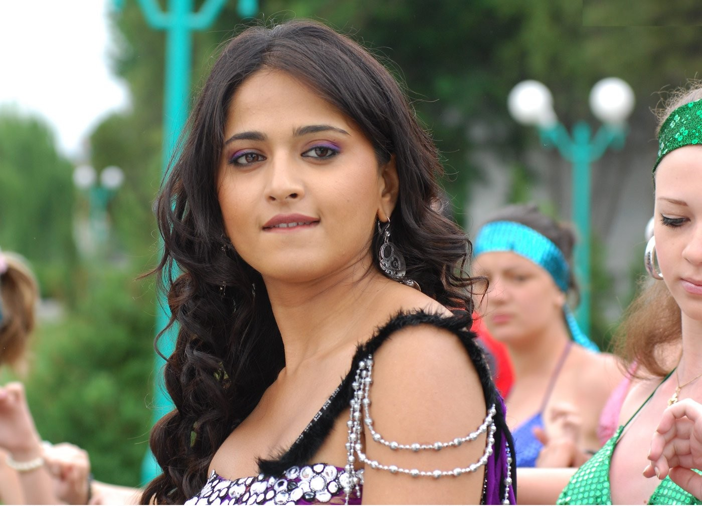 Telugu Actress Jyothi Lakshmi Hot Stills In Movie | NETTV4U