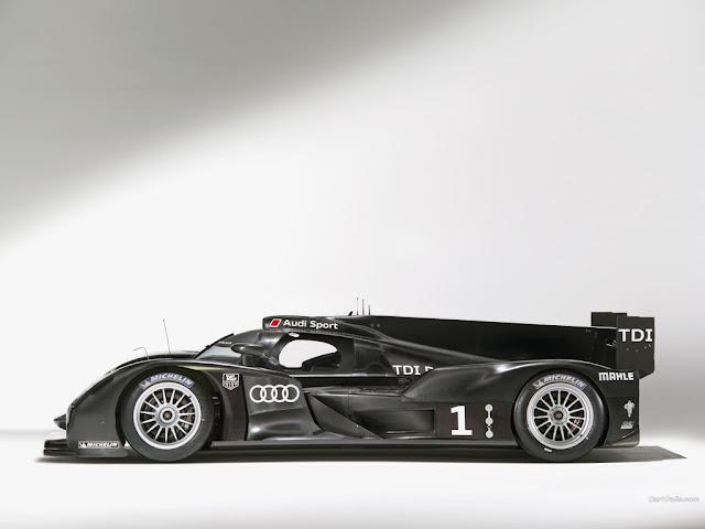 Audi R18 side image
