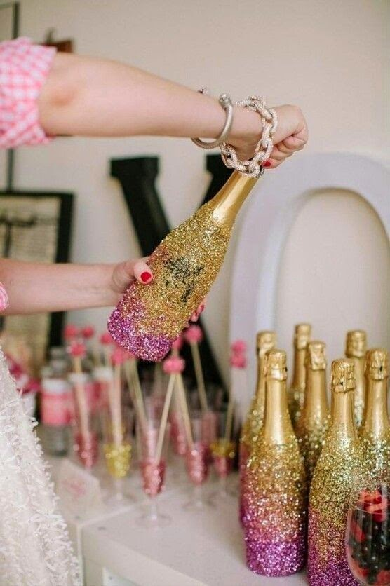 sparkling gold party champagne