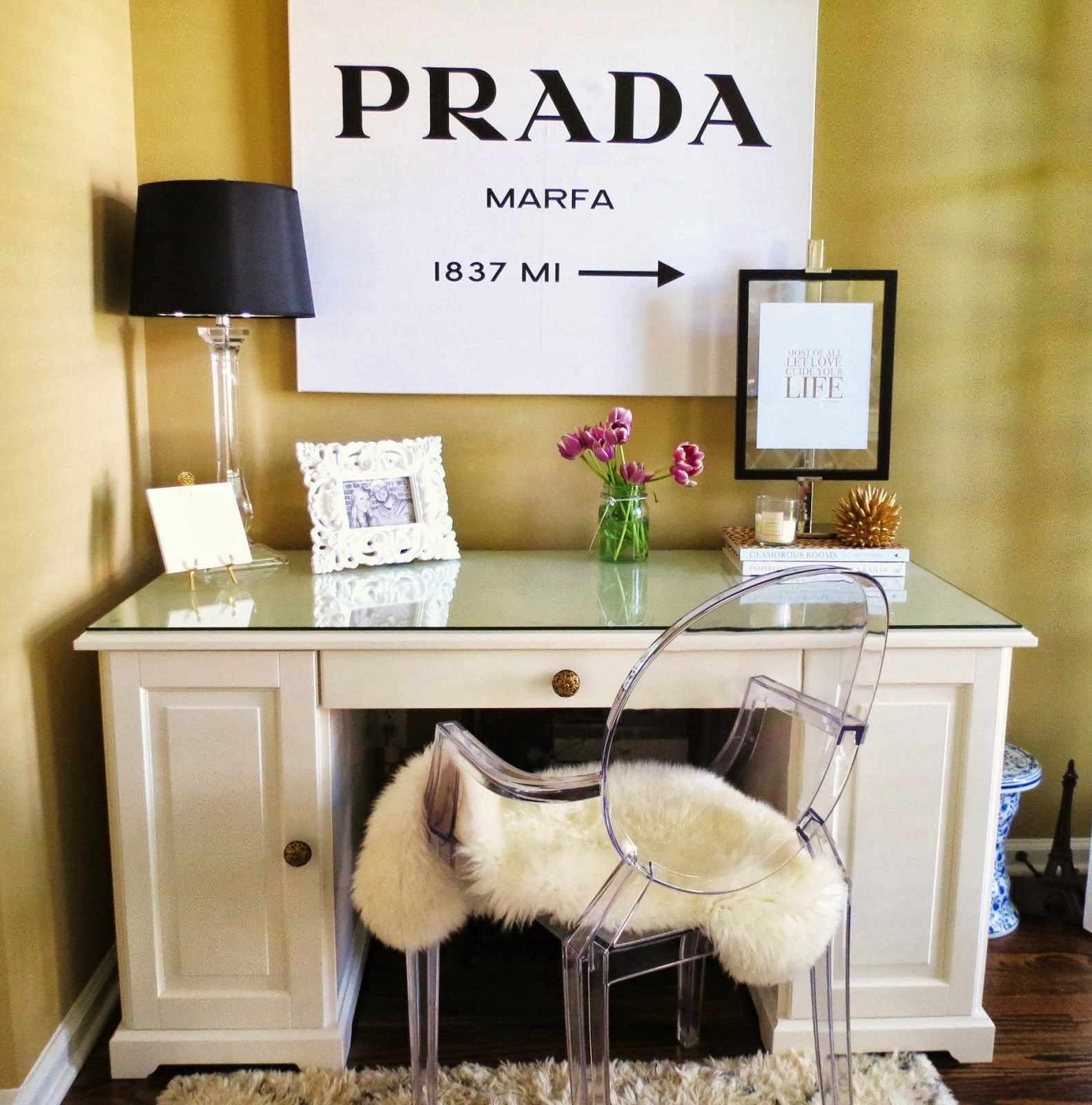 prada marfa bild selber machen gossip girl. Black Bedroom Furniture Sets. Home Design Ideas