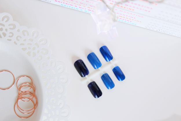 essie-aruba-blue