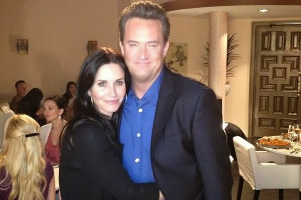 friends matt matthew perry courteney cox monica geller