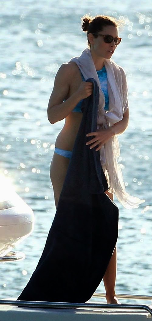 Jessica Biel was seen getting an adrenaline rush,‭ ‬channeling her inner Bond Girl as she took a water ski in Barbados with husband,‭ ‬Justin Timberlake on Friday, March 14, 2014.