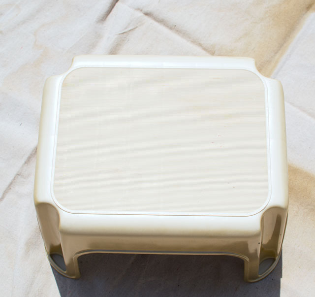 updating a plastic stool with gold paint