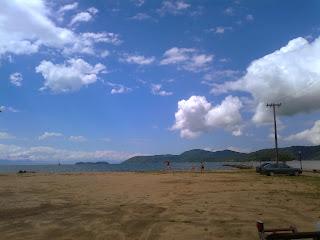 la playa pontal en Paraty, Brasil