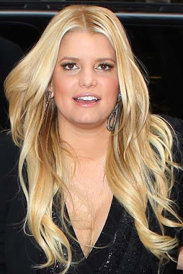 Jessica Simpson's fashion line to fetch $1bn this year