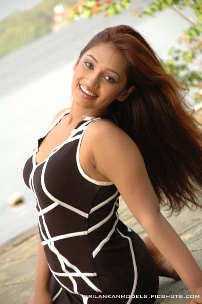 Upeksha Swarnamali hot bikini