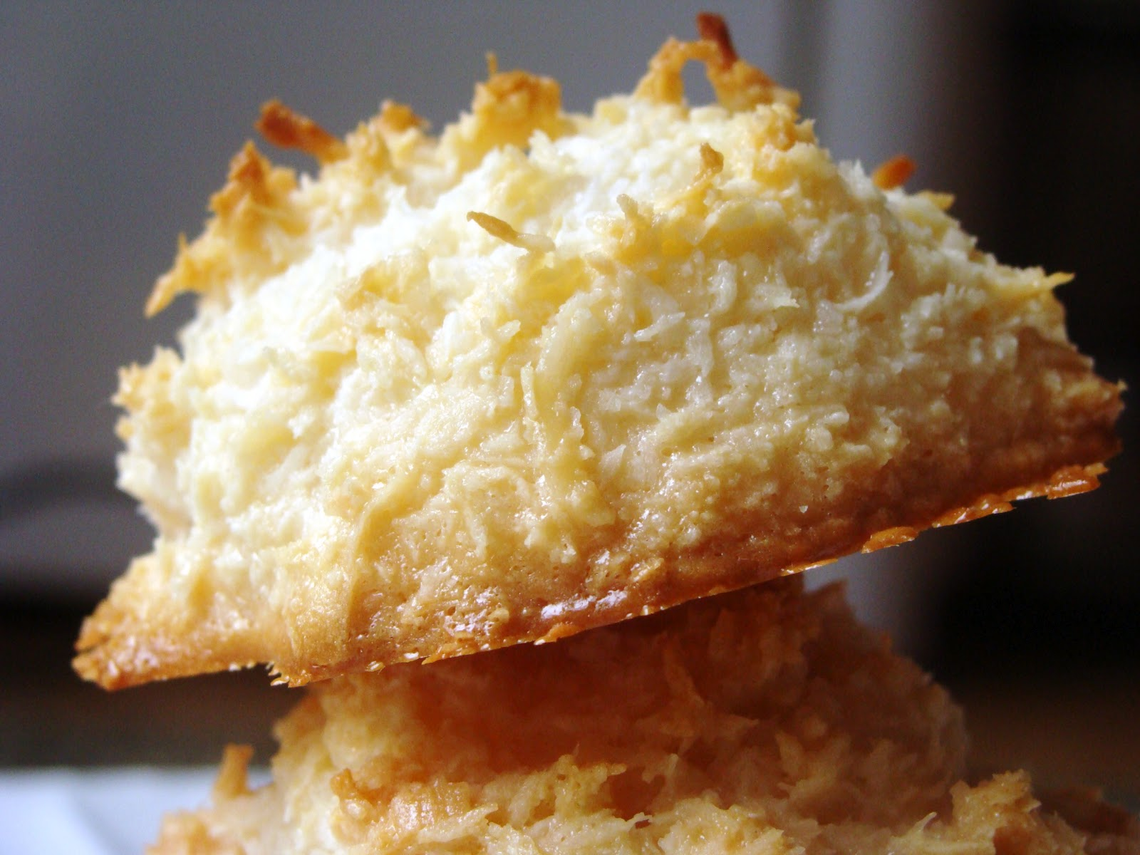 The Domestic Curator: Ina's Coconut Macaroons