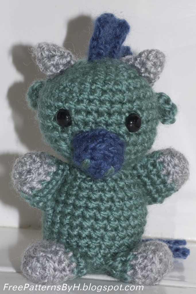 Small Amigurumi Doll Pattern : Free Patterns by H: Small Ox Amigurumi Pattern