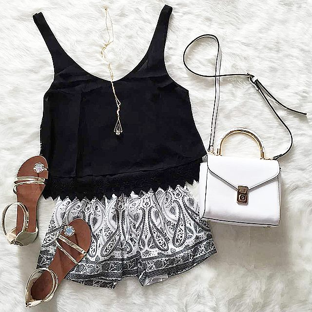 Black Top, Boho Shorts, Hand Bag, Sandals, Necklace | Outfits