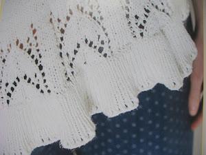Sommer strik med feminine detaljer