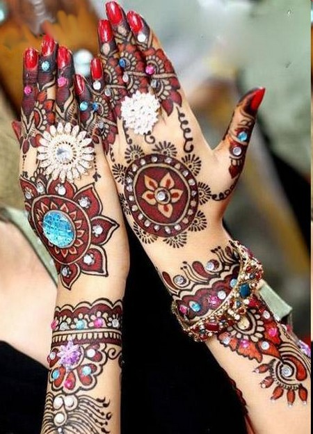 Stylish Mehndhi Design...