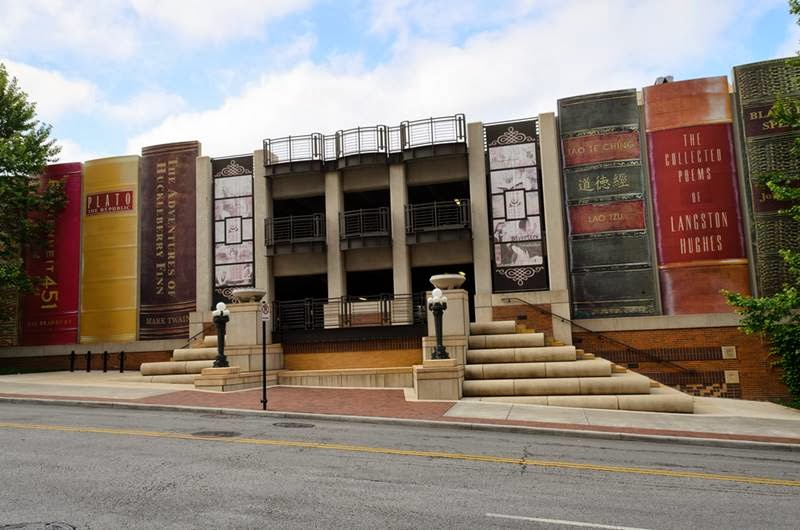 Giant Bookshelf of Kansas City Library USA