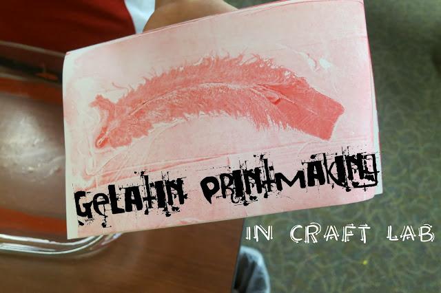 http://librarymakers.blogspot.com/2013/10/craft-lab-gelatin-printmaking.html