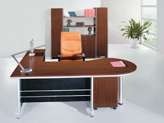 โต๊ะทำงาน