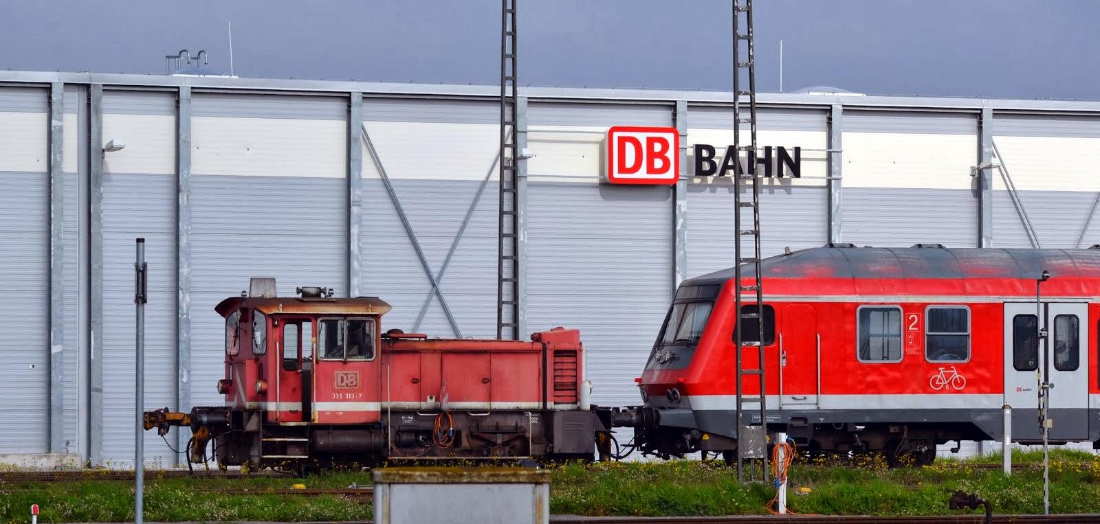 335 113-7 shunting at Muhldorf Depot