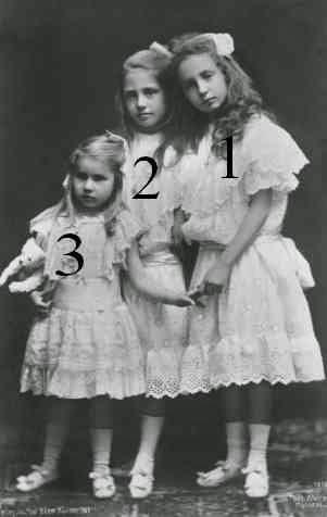 Maria-Antonietta, Maria-Cristina et Barbara de Bourbon des Deux-Siciles