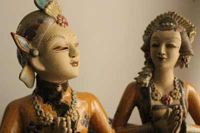 javanese wooden statues