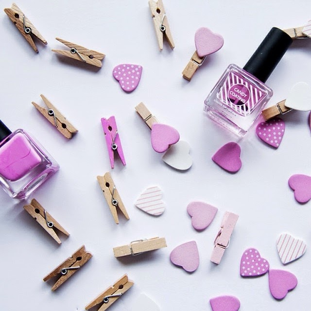 sashas-satisfashion-instagram, pastel-pink-cloth-pin, hearts, nail-polish