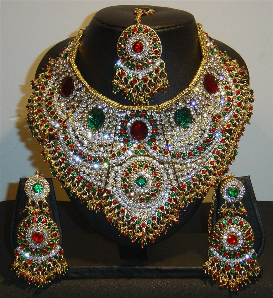 New Fashion Styles: Latest Bridal Jewellery design in Pakistan 2013