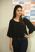 surabhi latest gorgeous looking pics-thumbnail-15