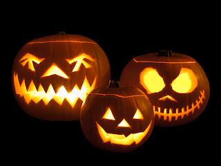 http://1.bp.blogspot.com/-7jhXw4i7QK8/TpDIuO6TGfI/AAAAAAAAAEk/DKCVQDjX2gE/s1600/Jack-o%2527-lanterns.jpg