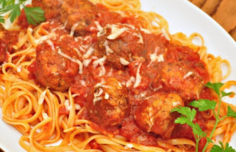 Lamb meatballs with noodles