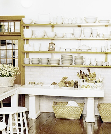 Martha Stewart Kitchen Design on In One Of Martha Stewart S Kitchens  I Wonder How Many She Has   White